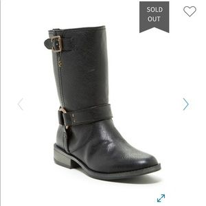Dr Scholl's Llana slip on combat boot fit like 8